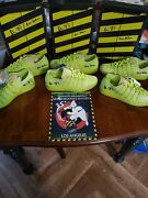 3 Dan Aykroyd And Ernie Hudson Autographed 10.5 Kswiss Slimer Shoes From Fanfest