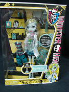 Monster High Mad Science Lagoona Blue Daughter Of The Sea Monster 2011 Mattel