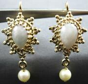Antique Aaa Jade And South Sea Pearl 14kt Yellow Gold Tear Drop Hanging Earrings