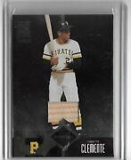 Roberto Clemente 2004 Leaf Limited Bat Card 21/100 Jersey Pirates