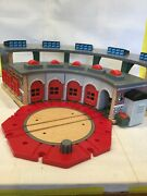 Tidmouth Engine Shed Deluxe Roundhouse Station Thomas The Train Great Condition