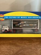 Athearn Ho Scale 91021 Ford C Truck With 28' Wedge Trailer No Zone