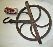 Antique Country Hardware Tool Primitive Cast Iron Hook Water Well Pulley Wheel