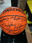 Lakers Basketball Signed By Shaq Kobe Shaw Harper And Coach Phil Jackson