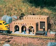 Piko G Scale Las Cruces Train Station | Bn | 62252