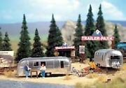 Walthers Scenemaster Ho Scale Camp Site With Trailers/accessories 949-2902