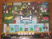 🐶 🐈 Roblox Celebrity Collection Adopt Me Pet Store 40 Piece Deluxe Playset