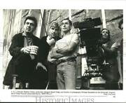 1996 Press Photo Director Stephen Frears And Staff On The Set Of Mary Reilly