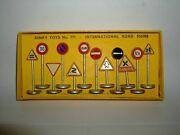 Dinky Toys No 771-international Road Signs-original Box With Leaflet-rare