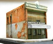Downtown Deco O On3 On30 Scale Metals Bank Building Kit + 30 Sidewalks
