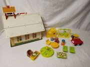 Fisher Price Vintage Little People Play Family School 923 1971