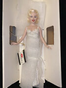 """Porcelain World Doll Celebrity Series- """"marilyn"""" Collectors One-year-only"""