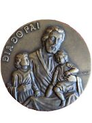 Father's Day / Tenderness / Portugal Bronze Medal By J. Coelho. 90mm Diameter.