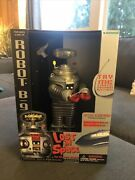 Nib 1997 Trendmasters Robot B-9 Lost In Space Light Up Sound Motorized Rolling