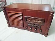 Antique Air Chief 1942 Table Model A-366 Am And Foreign Radio Push Button Stations