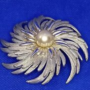 Vintage 1970andrsquos Sarah Coventry Silver Tone Faux Pearl Ladies Pinwheel Brooch Pin