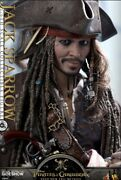 Hot Toys Pirates Of The Caribbean Dead Men Tell No Tales - Jack Sparrow Action