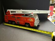 Vintage 1970's Tonka Metal 20 Firetruck With A Huge Extension Ladder
