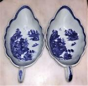 Scarce Pair Of Chinese 18th C Nanking Porcelain Sauce Boats C 1740