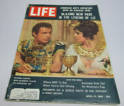 Life Magazime April 13 1962-mantle And Maris Cards Attached Nice