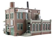 Woodland Scenics Br4924 N-scale Built-up Clyde And Dale's Barrel Factory Assembled