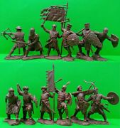 Crusaders And Saracens 54mm Plastic Set 12 Figures Toy Soldiers Exclusive