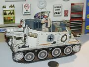King And Country Ww2 German Grille Sp Gun Winter Tank W/ Figure 1/30