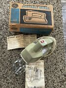 Vintage Ge General Electric 3-speed Hand Mixer Avocado Green 56m17 Works Clean