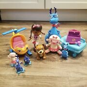 Doc Mcstuffins Toy Lot - Lambie Rescue Ronda Stuffy And Pvc Cake Toppers