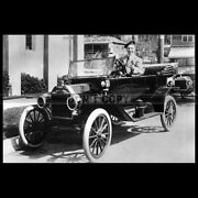 Photo A.032169 Ford Model T Touring Car And Harry Lauder 1914