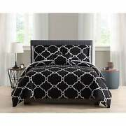 Porch And Den Laber Reversible Gatework 8-piece Bed In A Bag
