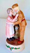 Enesco And039treasured Memoriesand039 1998 Cer Musical Wwii Soldier And Mother Ht. 8.5 Nib