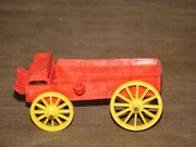 Vintage Made In Usa Toy 5 1/2 Long Rubber Plastic Auburn Horse Wagon
