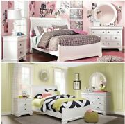 4 Piece White Bedroom Set. Full Sleigh Bed Dresser With Mirror And Nightstand.