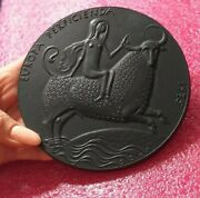 Spanish Queen Riding Bull Present To 2021 Chinese New Year Medal Plaque 130mm
