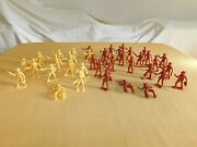 Vintage Toy 39 Mpc 2 High Plastic Western Cowboys Gunfighters