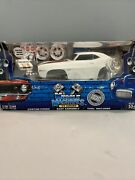Muscle Machines Build It Pair Of White 1969 Chevy Camaro Z/28 Diecast Model Kit