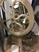 Antique Golding Pearl 5x8 Printing Press Made In1896 Beautiful Piece