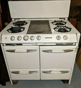 O'keefe And Merritt Vintage 1950s Stove