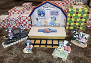 Limited Edition Mary Moo Moo Lionel Train Station, Set Of 5 Excellent Condition