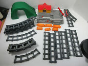 Vintage Lot Aida A.i.d.a. Made In Korea Toy Train Set Parts Buildings And Tracks