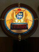 Vintage Heilemanandrsquos Old Style Beer Clock Sign