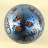 Lundberg Studios 1979 Paperweight Blue Satin School Of Angels Fish Ocean Waves