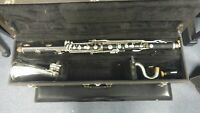 Vito bass clarinet Low Eb with hard Case. Comes with a Yamaha 4C mouthpiece