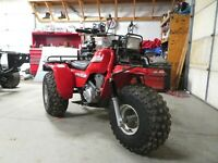 NICE !! 1985 Honda ATC250ES Big Red 3 Wheeler OEM FENDERS and Rear Tires WOW!