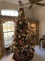 L@@K 9 Ft Pre-lighted Christmas Trees With Or without Ornaments