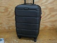 Samsonite Omni PC Hardside Expandable Luggage with Spinner Wheels Black Carry-