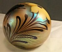 Vintage 1976 Orient And Flume Iridescent White Flower Beetle Paperweight Signed