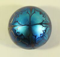 Orient and Flume Art Glass Iridescent Pulled Feather  173 AR 1975 paperweight