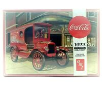 AMT Coca Cola 1923 Ford Model T Delivery Molded in Red 1:25 Scale Model Kit